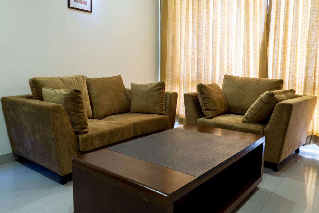http://hotelsaptagiri.in/wp-content/uploads/2015/02/suite4-1024x683.jpg